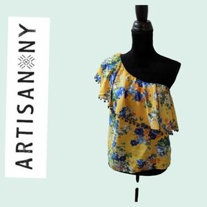 Artisan NY floral one shoulder ruffle blouse